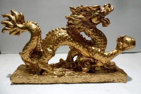 8 Façons d'Attirer de l'Argent dans votre Vie Grâce au Dragon Feng Shui